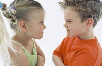 Есть 3 фразы, которые при регулярном повторении сделают из мальчика проблемного мужчину или…