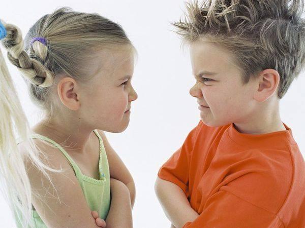 Есть 3 фразы, которые при регулярном повторении сделают из мальчика проблемного мужчину или...