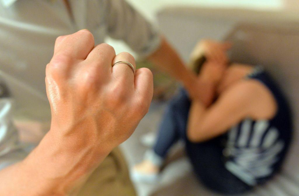 Семейный конфликт или домашнее насилие?
