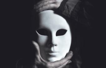 Тринадцать признаков, что вы встречаетесь с перверзным нарциссом