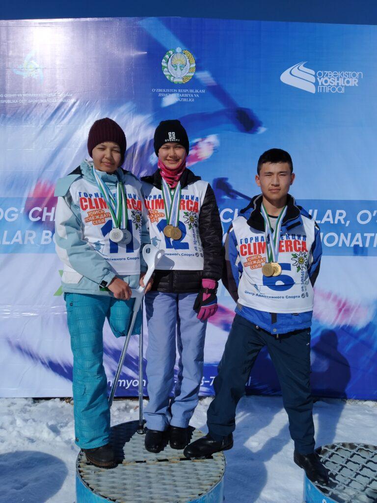 Девушки из Узбекистана мечтают принять участие на чемпионате мира по параскалолазанию