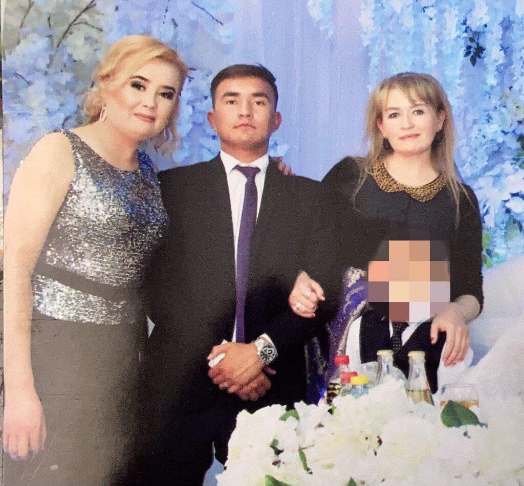 Мадина, Абдукаюм и Малика на празднике
